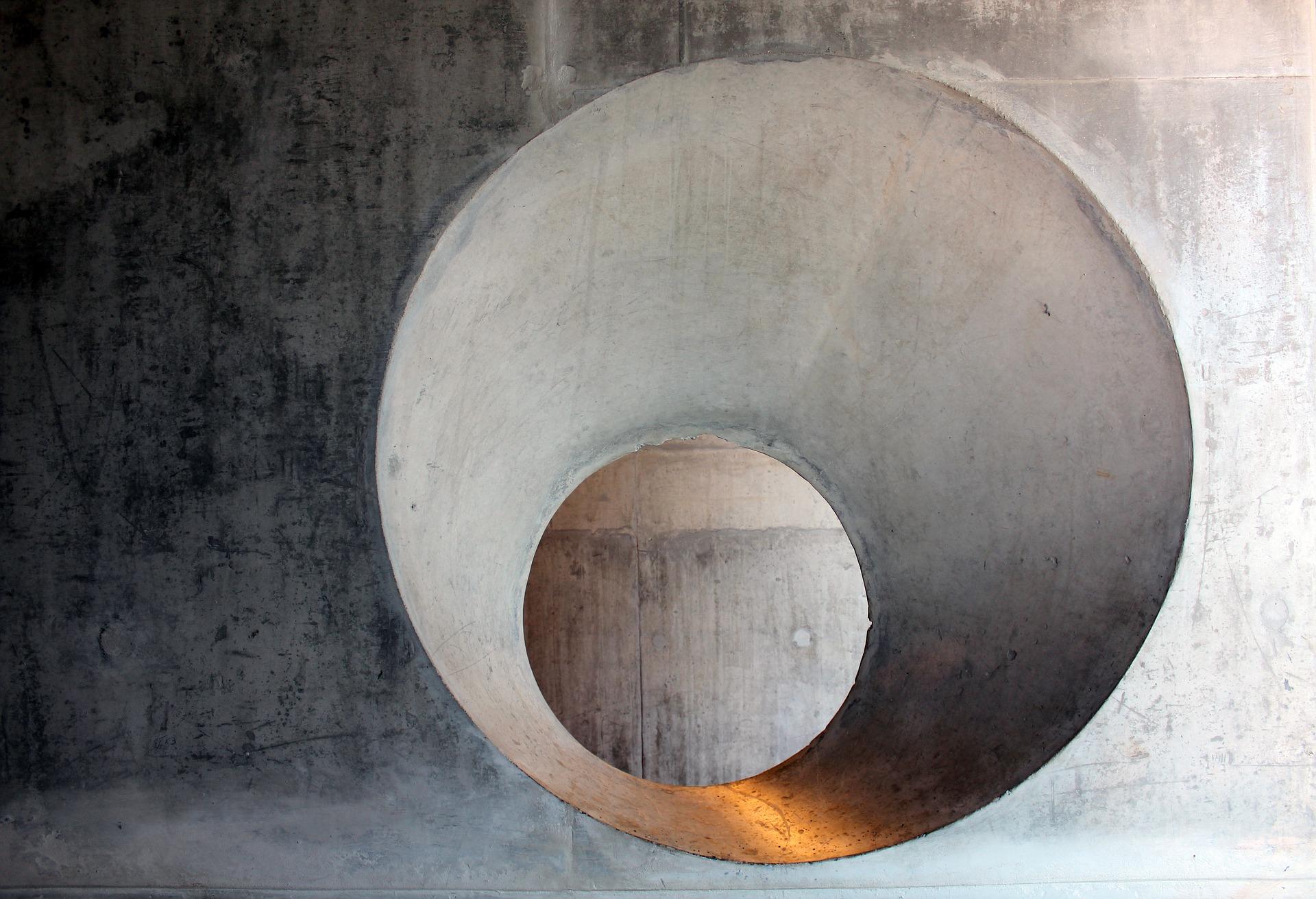 Otvor v betonu