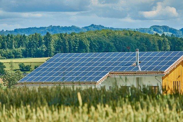 střešní solární panely