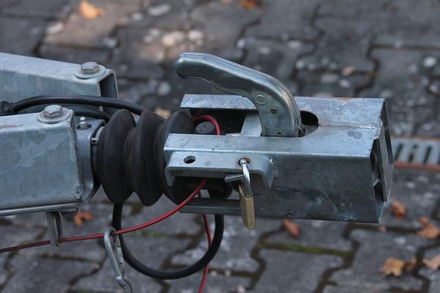 tažné zařízení k autu
