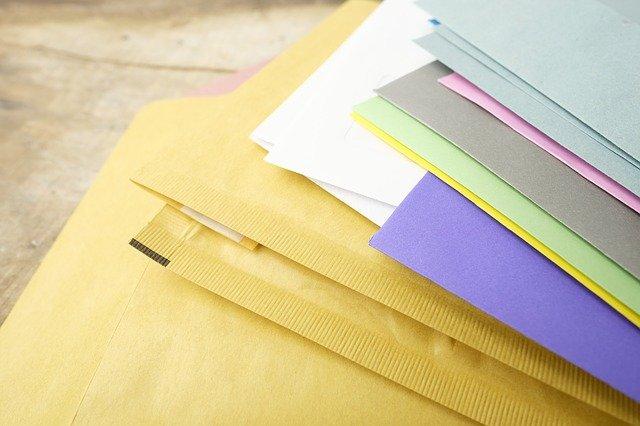 obálky různých druhů