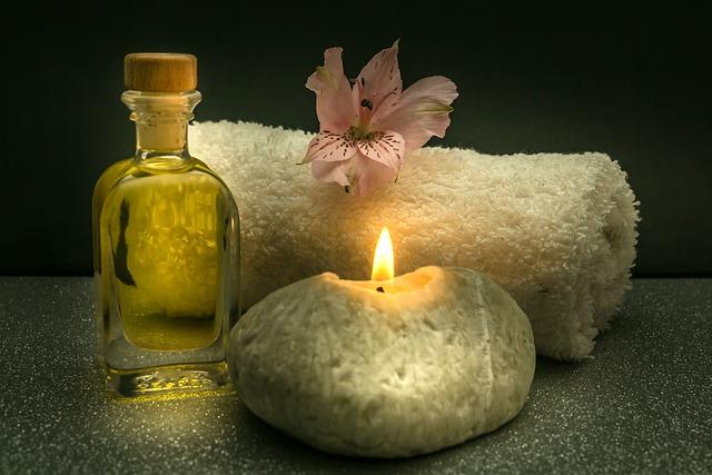 svíčka a ručník
